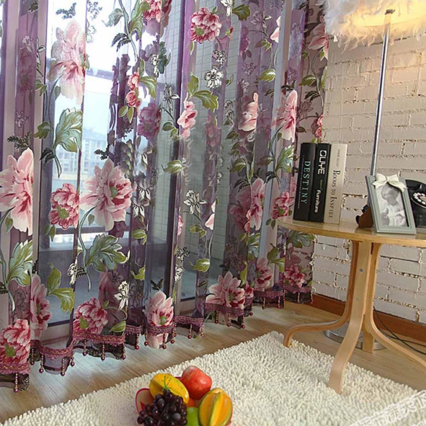 Тюль с вышитыми цветами